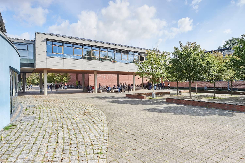 lise-meitner-schule-moordeich-bremen-gymnasium-ganztag-realschule-hauptschule-2